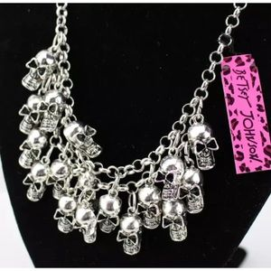 Betsey Johnson skull necklace, NWT